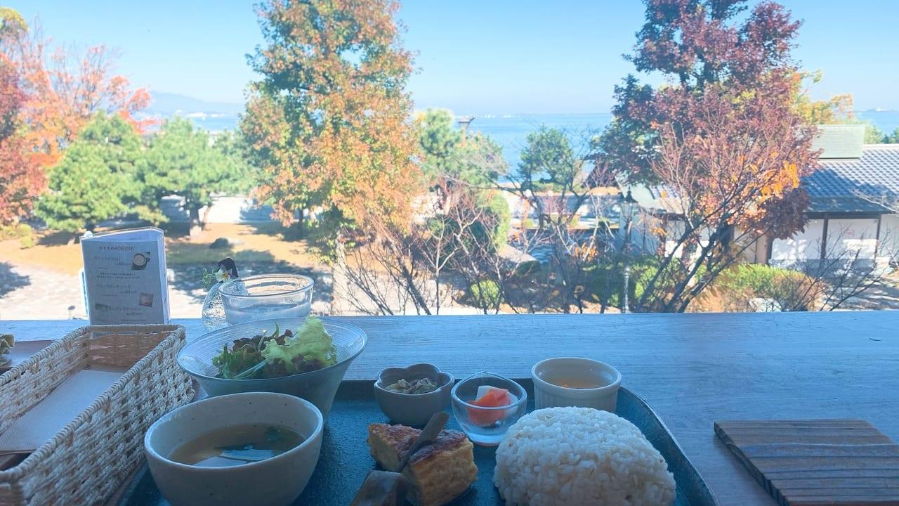 琵琶湖を眺められるカフェmadocafe